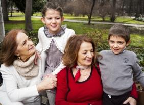 abuelas y nietos