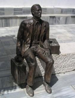 estatua_emigrante_tocon